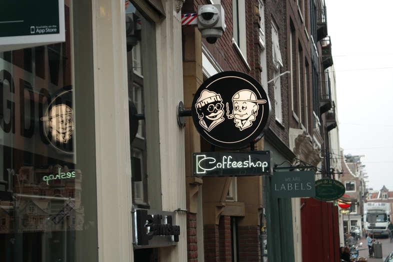 Amsterdam & Marihuana: Das sind die regulatorischen Unterschiede in Bezug auf Europa