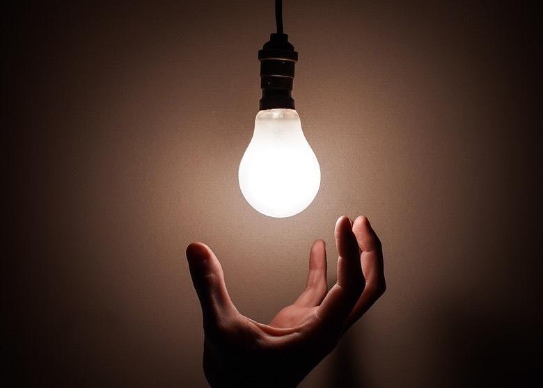 LED-Lampen geben viel weniger Wärme ab als HID- und CFL-Lampen