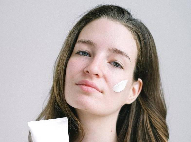 CBG als Kosmetik für empfindliche Haut zugelassen.