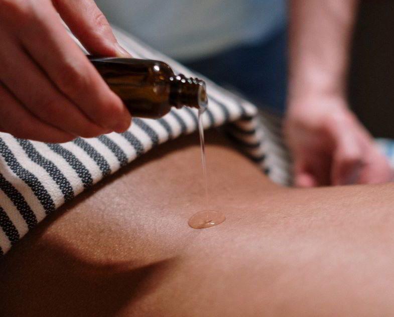 Hanföl und kosmetische Eigenschaften für den Körper.